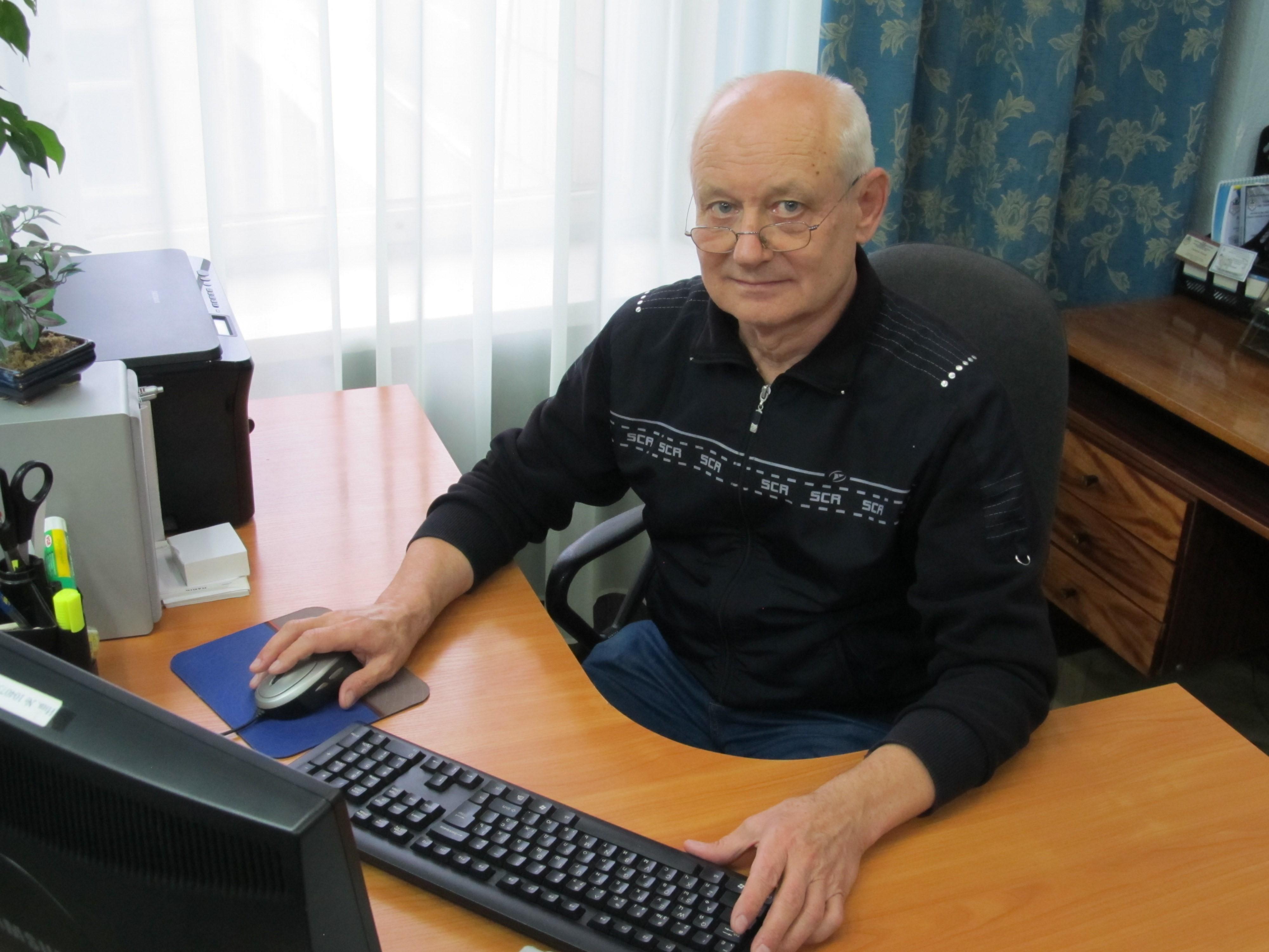 65-летие доктора химических наук В.Ф. Воронина